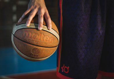 Basketballer Ravi Schilders verdeelt energie tussen twee teams